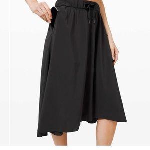 Lululemon Time to flounce lightweight travel skirt